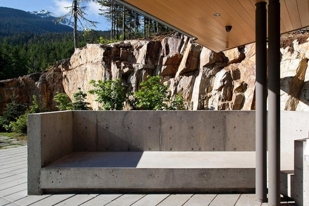 whistler residence by battersbyhowat architects 5