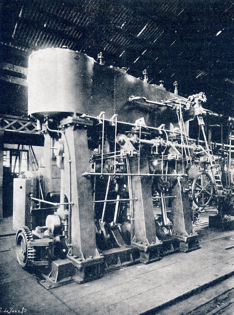 Maquina de 650 caballos del remolcador. Revista VIDA MARITIMA, Año 1. Num. 17.JPG