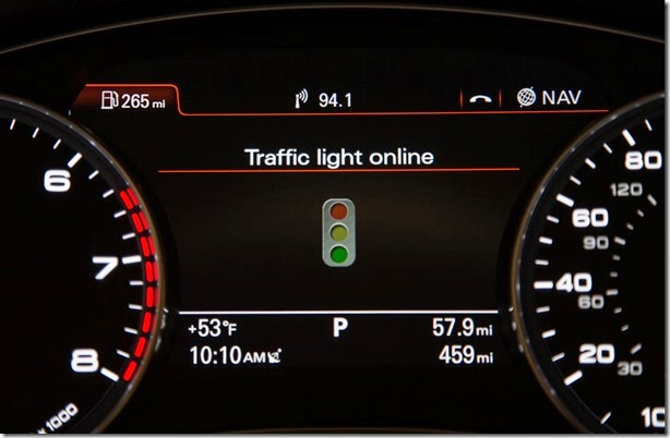 Audi_Online_traffic_light_information_Audi_52453