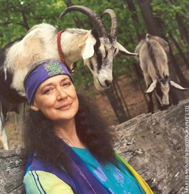pic susun weed and goats1
