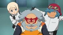 [sage]_Mobile_Suit_Gundam_AGE_-_11_[720p][10bit][E4F18F5F].mkv_snapshot_07.18_[2011.12.18_14.34.22]