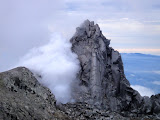 Gunung Sinabung rock cliff (Chris Whiting, December 2010)