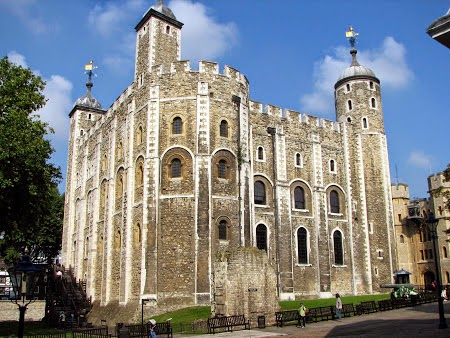 2. Imagini Anglia - Tower of London.jpg