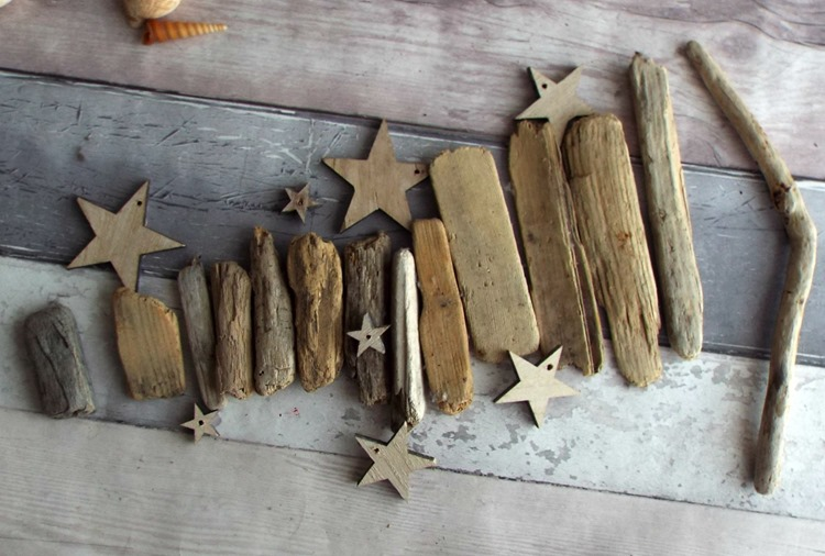 How to make a drift wood and star mobile pieces arranged in size order