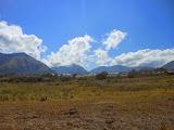 Trekking across the savanna towards Rinjani from Sembalun (Dan Quinn, November 2013)