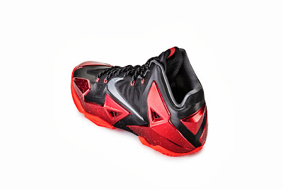 nike lebron 11 gr black red 6 05 nike inc Nike Introduces LEBRON 11 & Revolutionary Hyperposite Technology