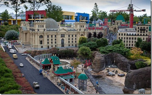 the_craziest_lego_model_is_in_germanys_legoland_640_31