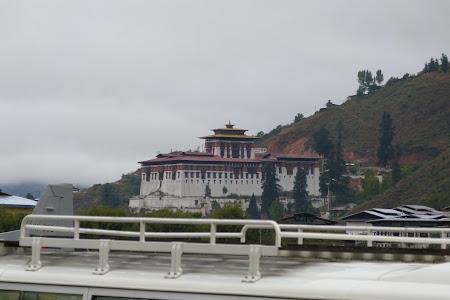 Obiective turistice Bhutan: Paro dzong