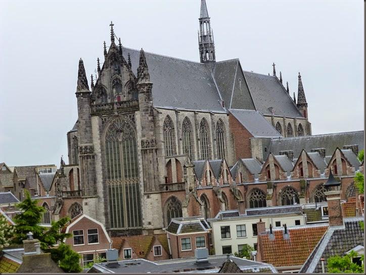 Leiden-14 367