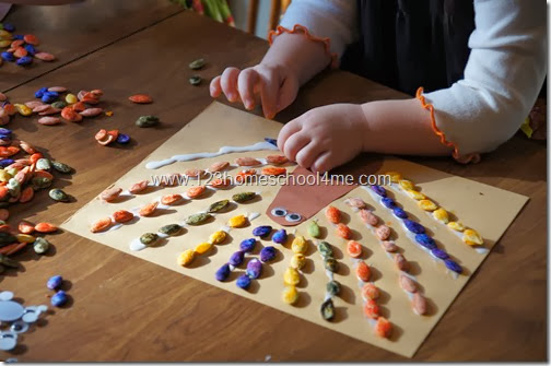pumpkin seed turkey craft for toddlers