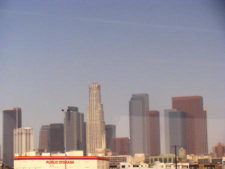 Imagini Los Angeles: Downtown LA - vazut din... tren