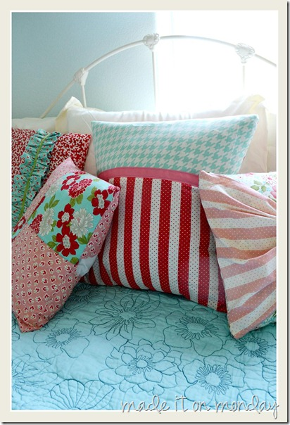 coordinated throw pillows 5