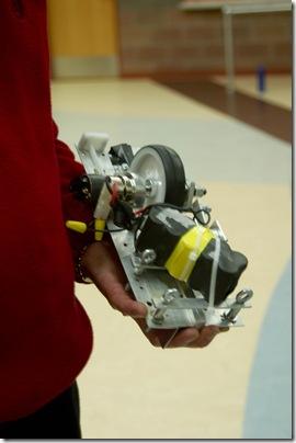 2011_0222_Bryce-RoboticsClub-30