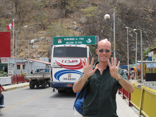 Crossing the border from Ecuador to Peru - country #9