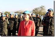 dilma-soldados-haiti-2012