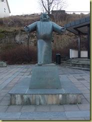 Sandnessjoen Statue-2