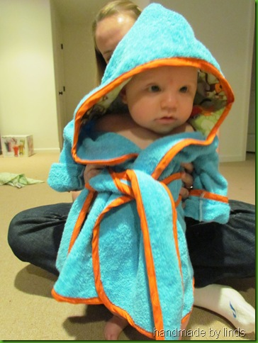 hooded robe 016