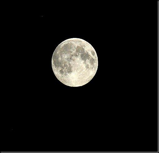 kuu täysi 010