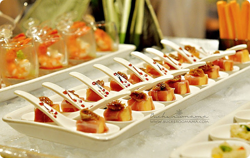 Ham-wrapped-melon-cubes---comp