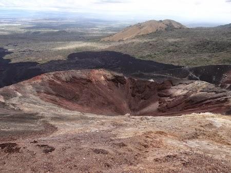23. Crater Cerro Negro.JPG