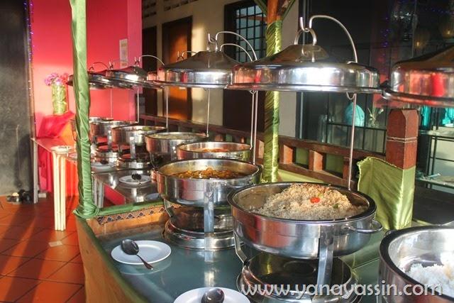 D' Kayangan Steamboat & BBQ Shah Alam