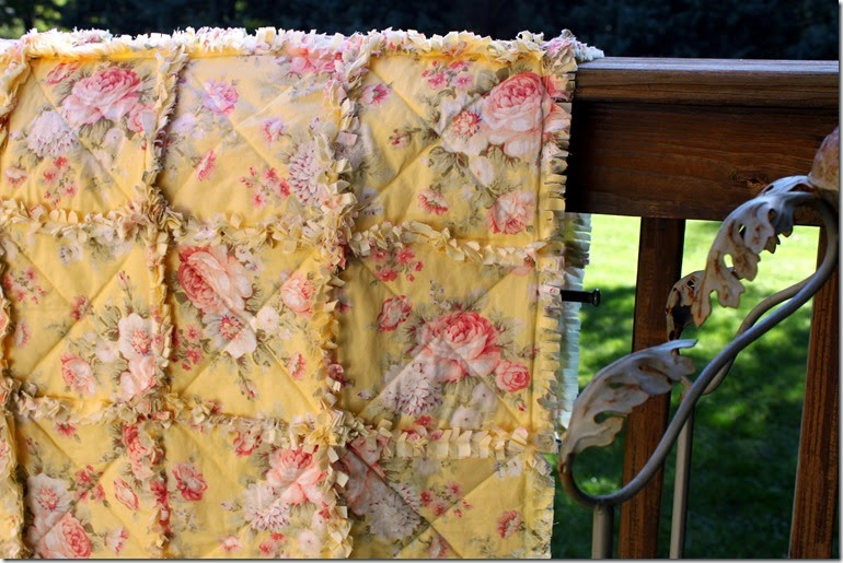 Yellow Rag Quilt 043