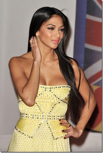 Nicole Scherzinger Stars Brit Awards 2012 3JAn0XT7hc9l