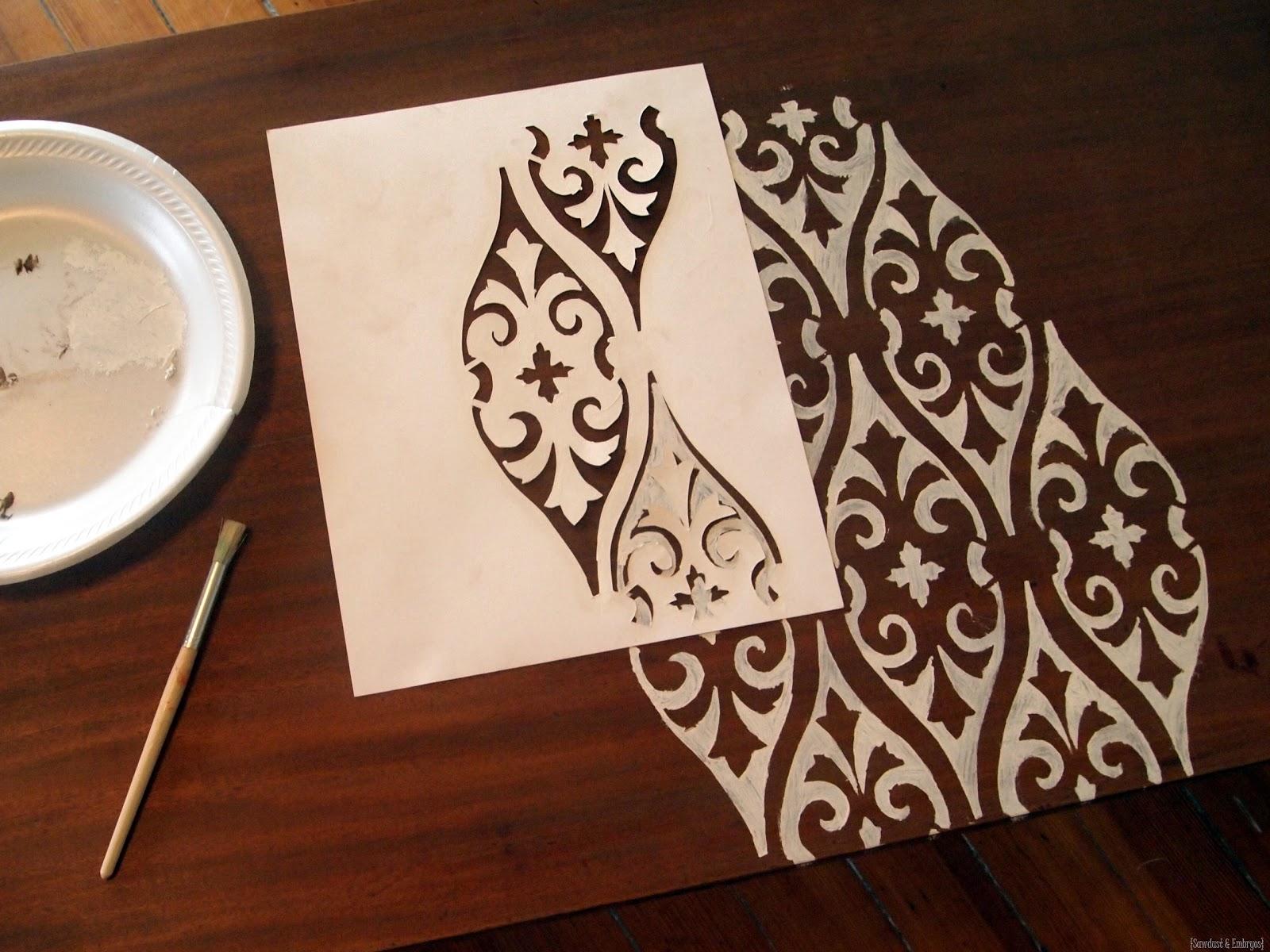 [How-to-Stencil-a-Coffee-Table-Sawdus%255B1%255D.jpg]
