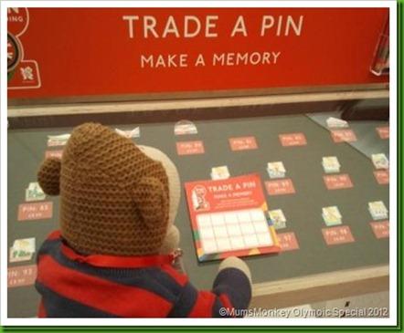 Coca Cola Trade A Pin_thumb[7]