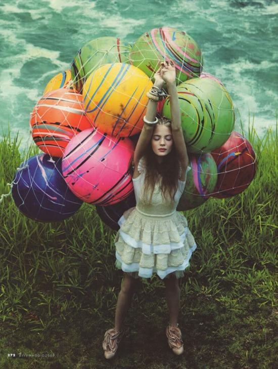 elle_italy_ballons