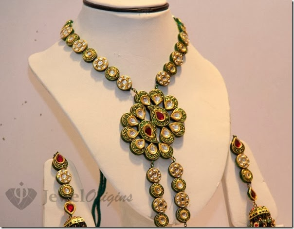 Gold_Necklace (1)
