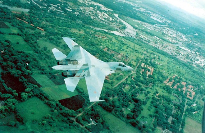 Sukhoi-Su-30-MK1-IAF-05