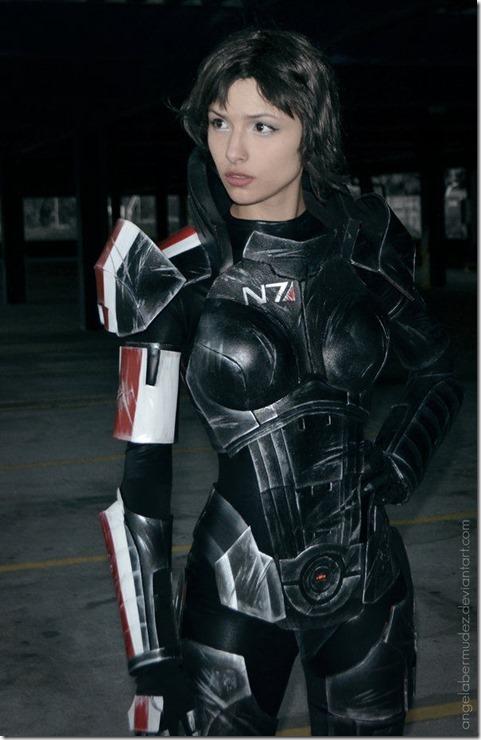 mass-effect-cosplay-4