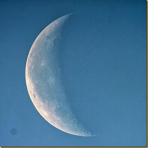 29 September 2013 Daytime Moon Blue