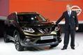 2014-Nissan-Rogue-X-Trail-SUV-1