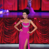 Miss-Vietnam-2010-top-20_10.jpg