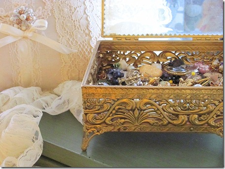 old jewelry box