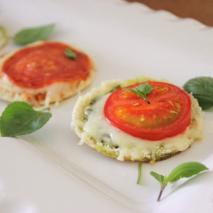 mini-pita-pizzas-recipe-photo-420x420-aneedham-1113.jpg