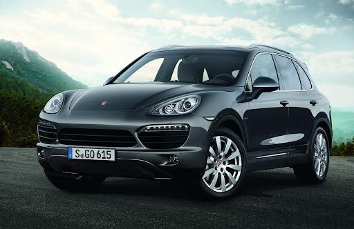 2013-Porsche-Cayenne-S-Diesel-01.jpg
