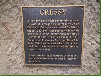001  Plaque to 'Cressy' on Hurleston Bottom Lock