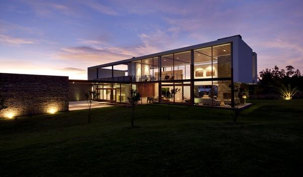 Moderna casa 2v arquitectos diez muller arquitexs for Arquitectos de la arquitectura moderna