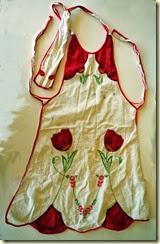 vintage tulip apron