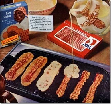 2010_10_8_bacon_pancakes[1]