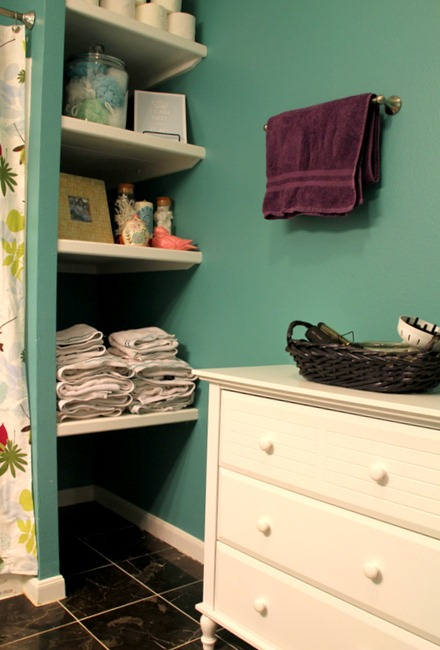 [IMG_2999%255B5%255D.jpg&description=Try-it Tuesday: Upstairs Bathroom Reveal—Putting the FUN in Functional')]