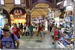 Changement d'ambiance : le Grand Bazar !