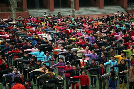 Iunia Pasca: Incalzire sincon elevi Nanjing