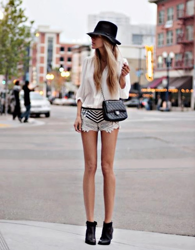 stripe-shorts-street-style
