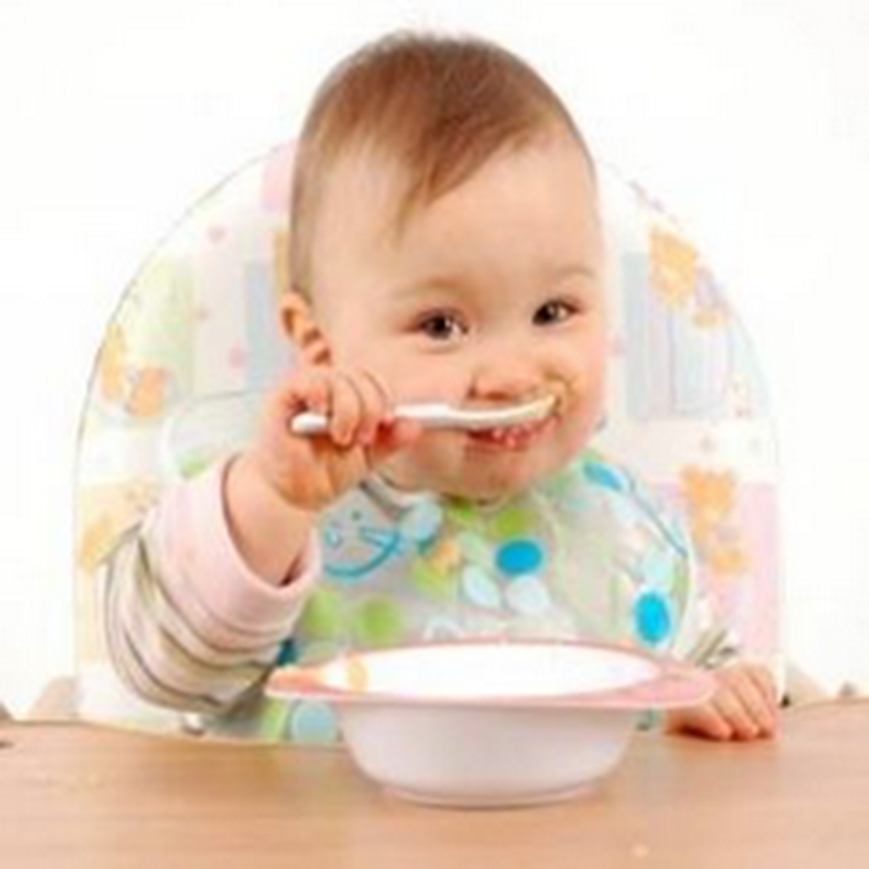 Did you know that your baby does not have to eat rice cereal as a first food?