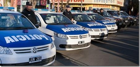 Nuevo refuerzos y móviles para la policía