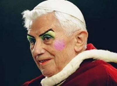 Benedicto-XVI-polêmica-bento-xvi-papa-maquiado-250x182